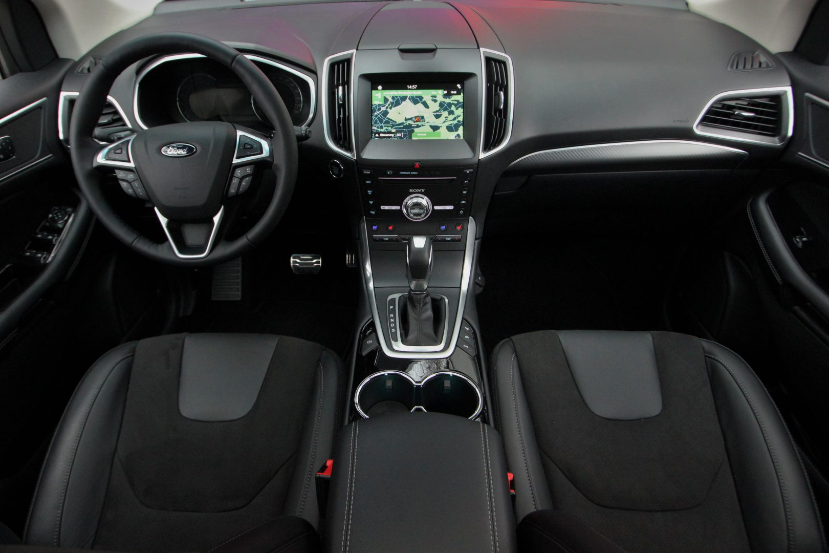 AIL Ford Edge ST-Line 4x4 LED Panorama 5