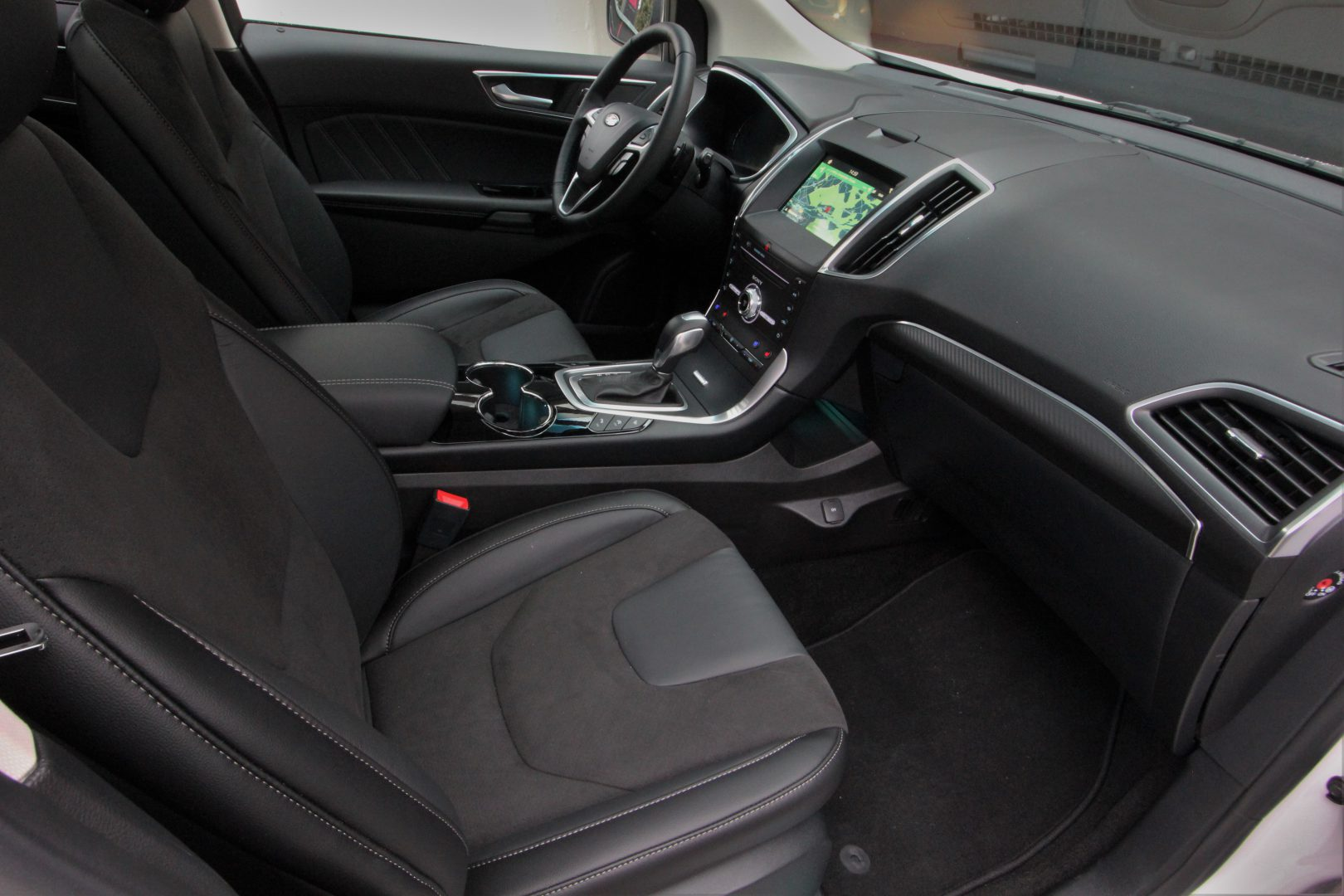 AIL Ford Edge ST-Line 4x4 LED Panorama 7