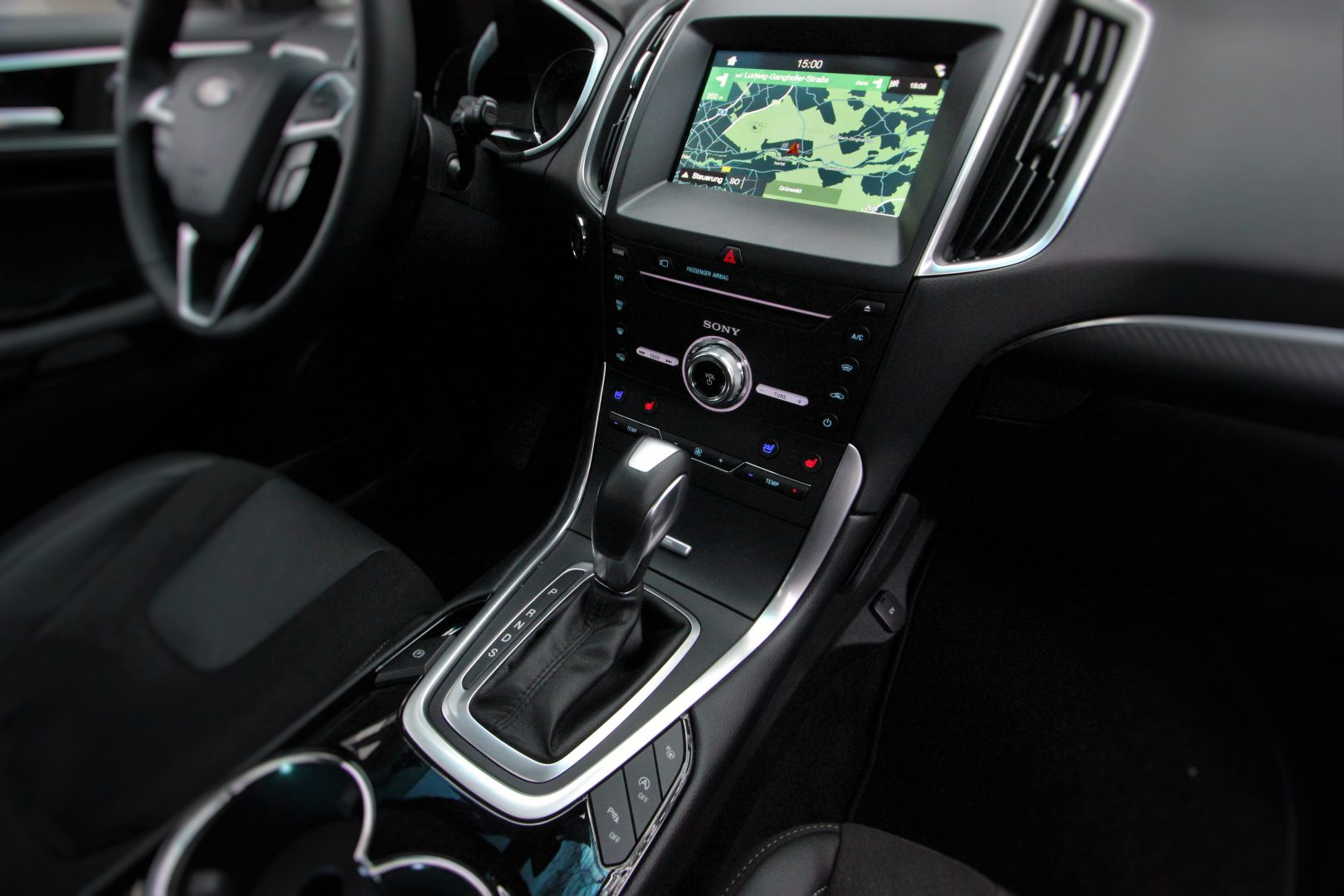 AIL Ford Edge ST-Line 4x4 LED Panorama 1