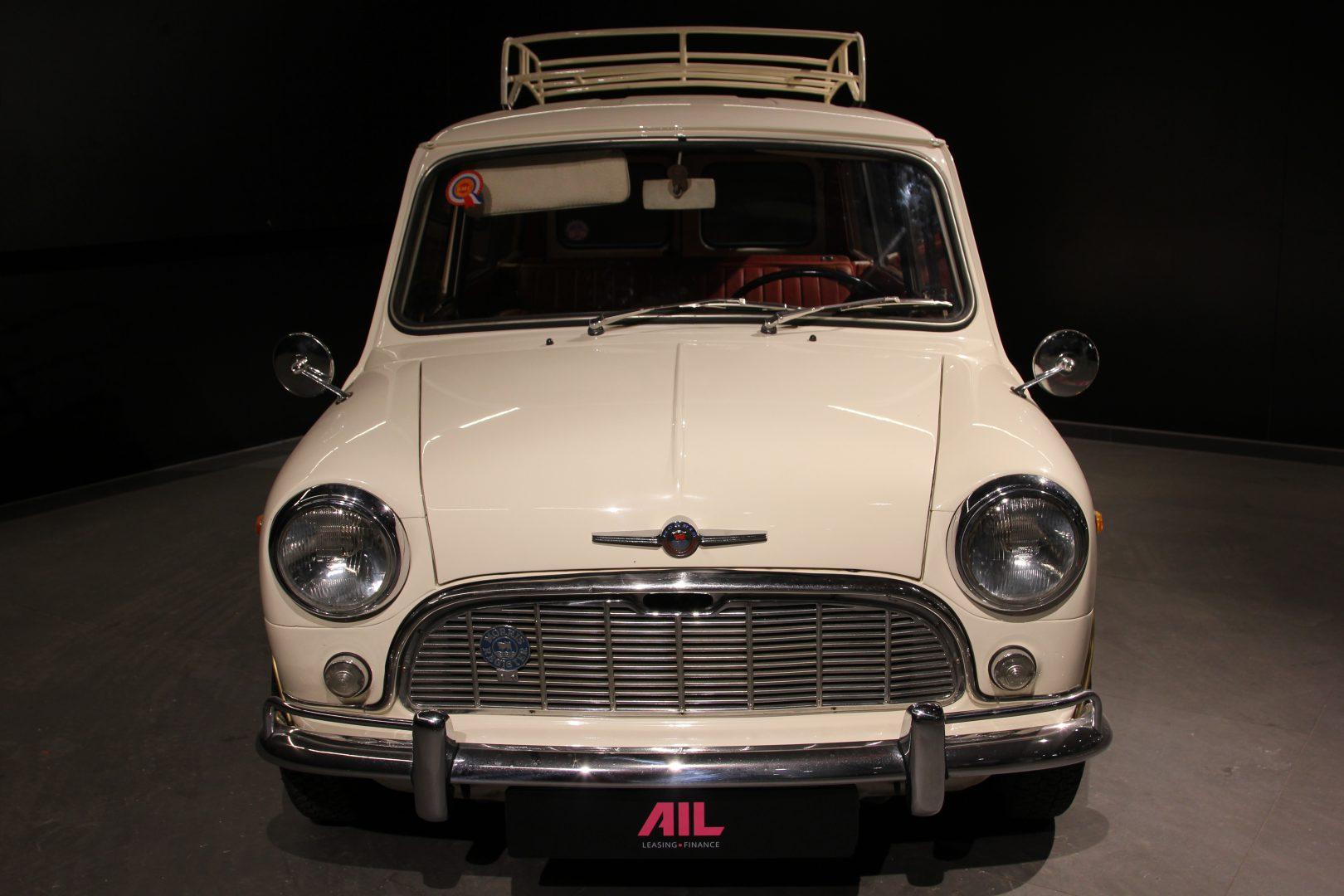 AIL MINI Mini Morris Traveller 2