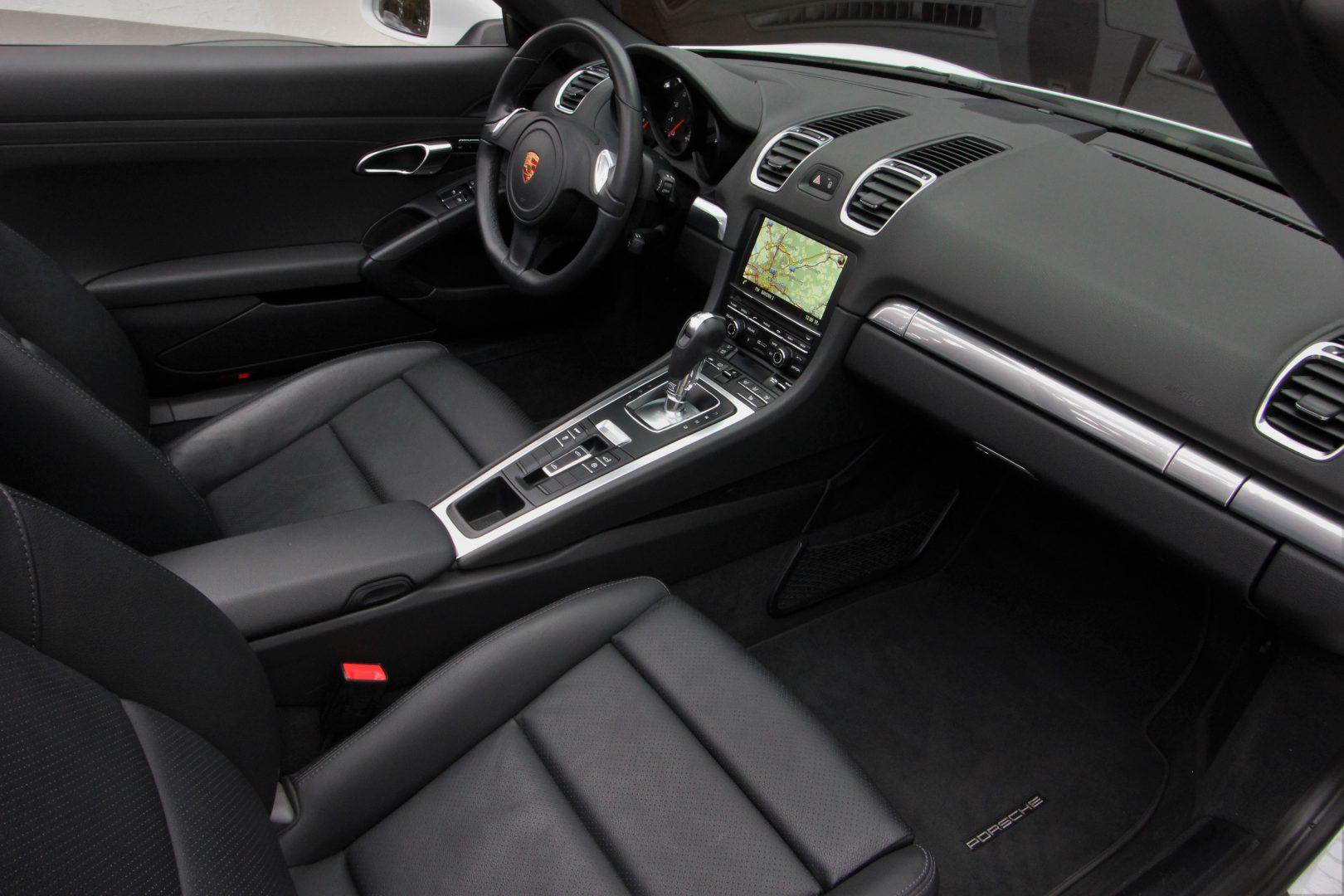 AIL Porsche Boxster PDK Sound-Package Plus 11