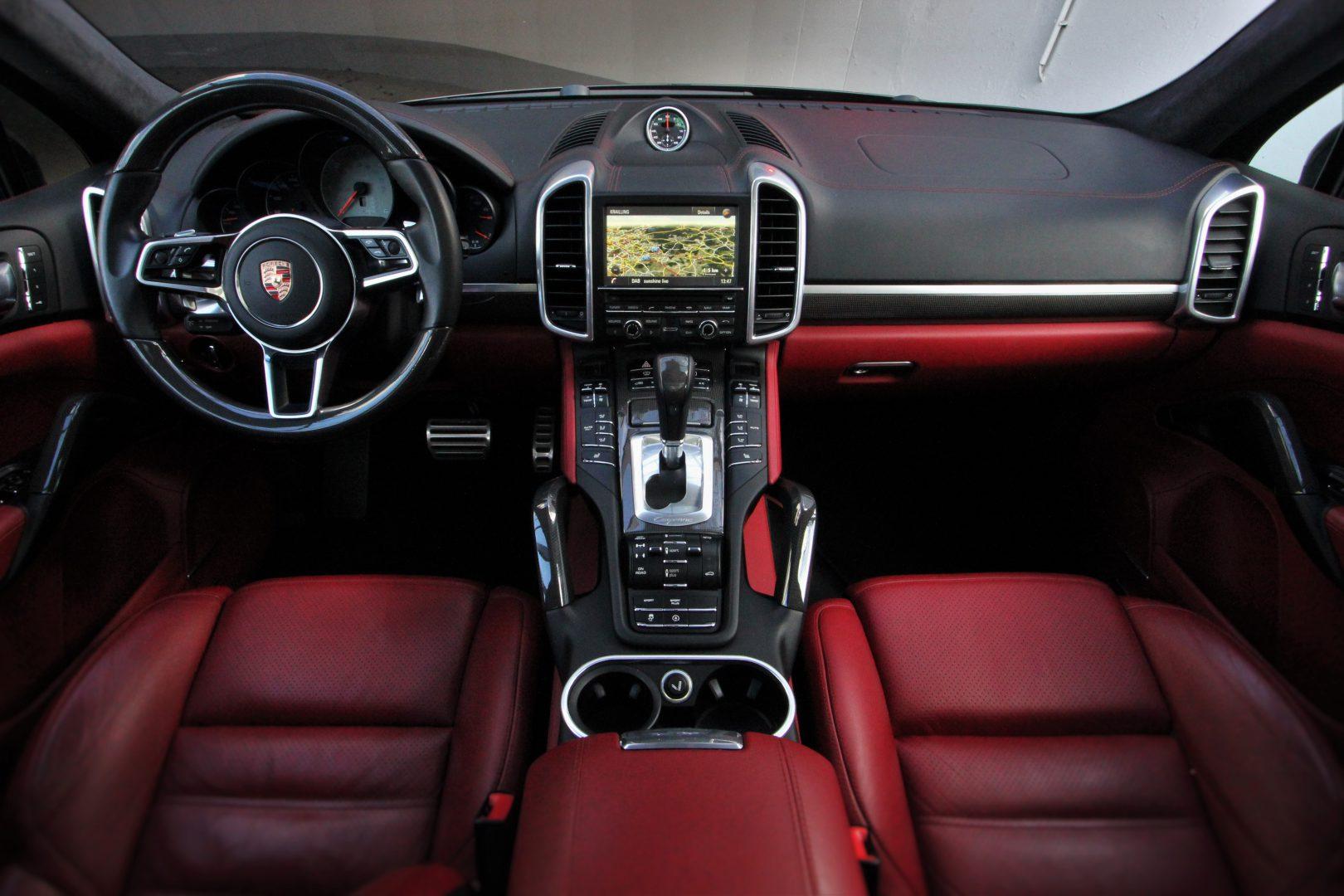 AIL Porsche Cayenne S Diesel Carbon Paket 5