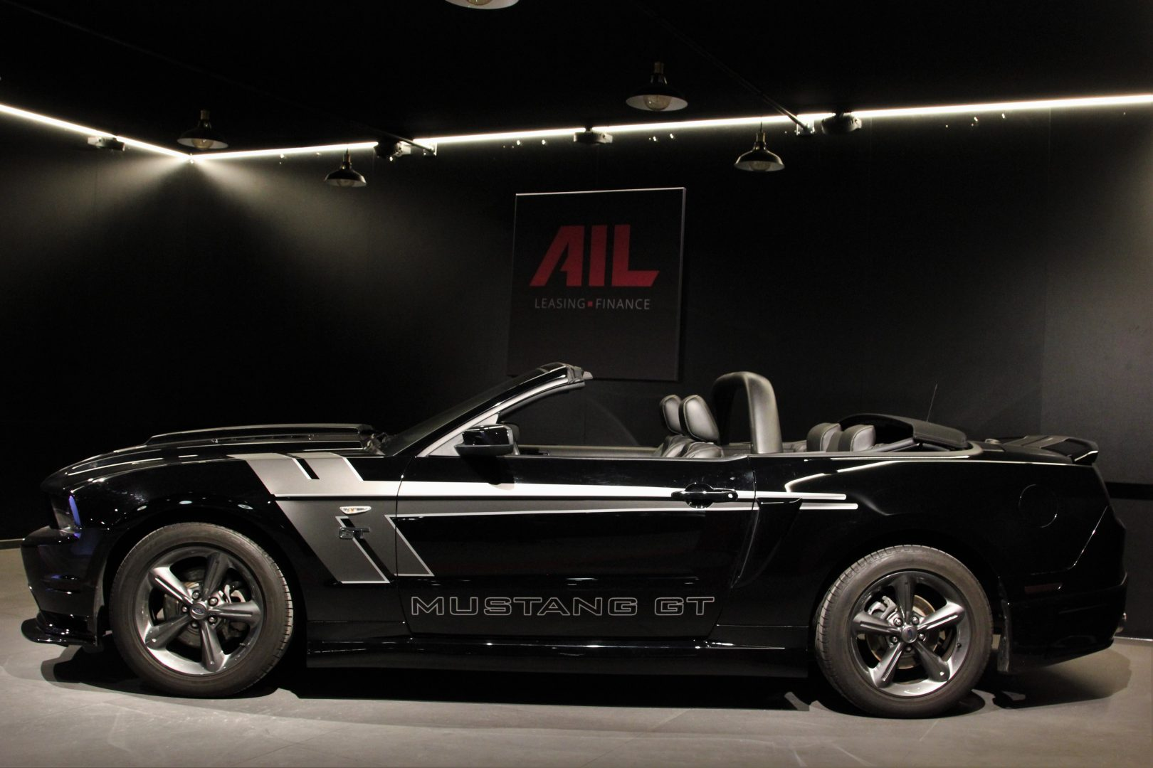AIL Ford Mustang GT  3