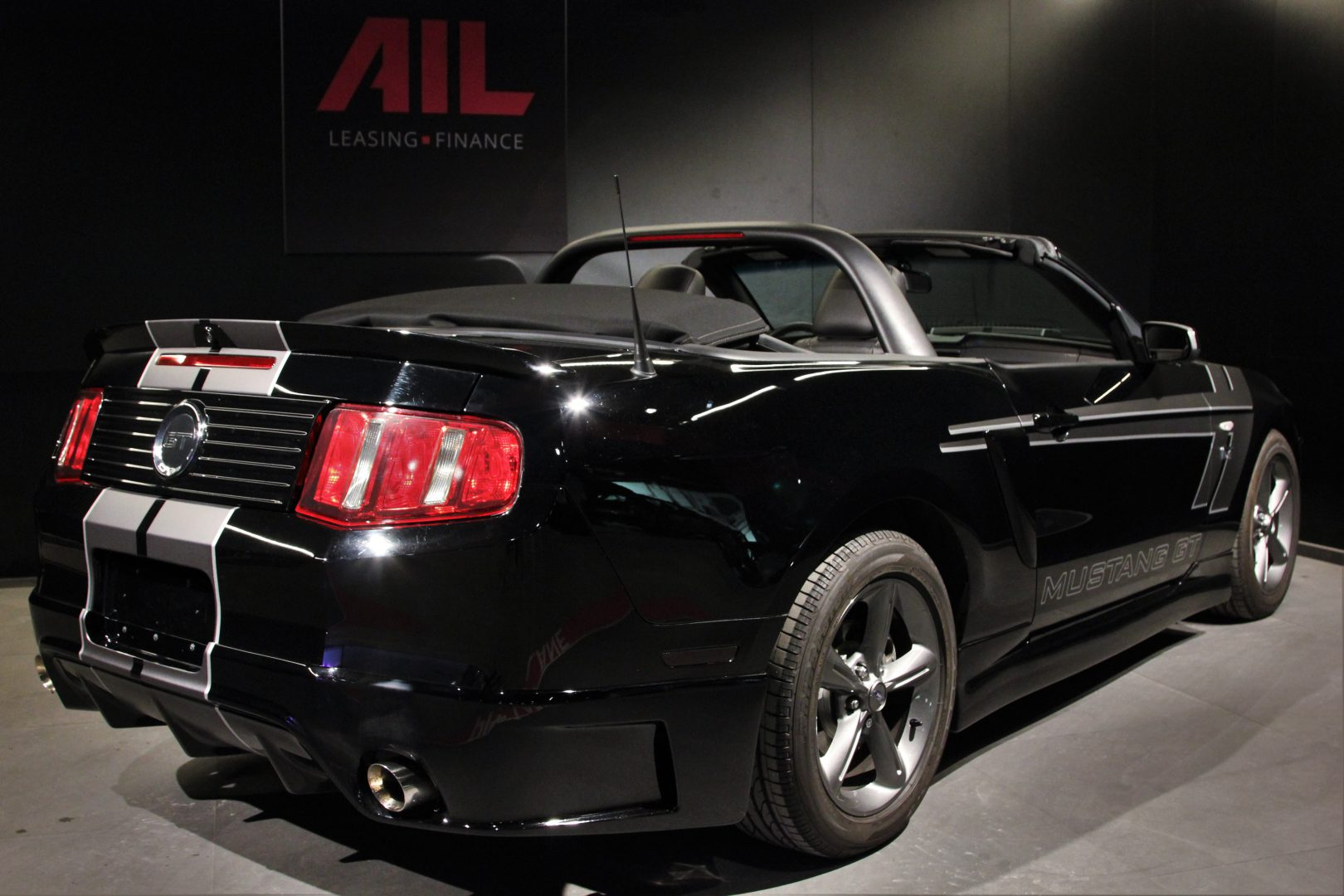 AIL Ford Mustang GT  1
