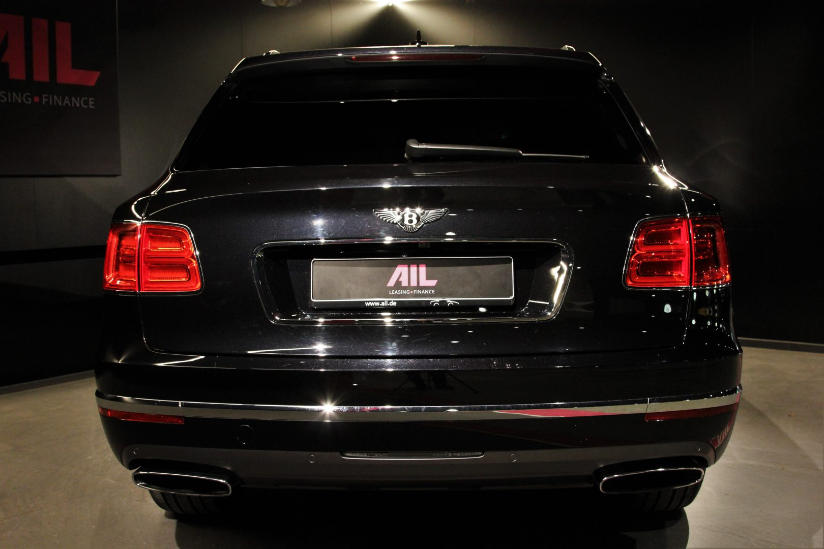 AIL Bentley Bentayga W12 6.0 Biturbo 10
