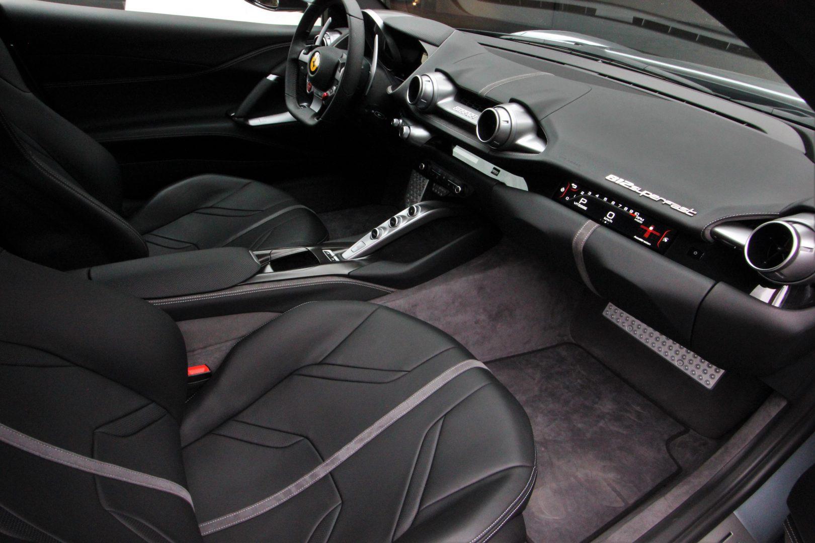 AIL Ferrari 812 Superfast Titane Grigio  17