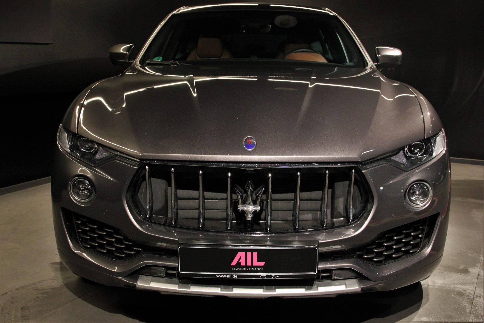 AIL Maserati Levante Diesel Business-Paket Plus 6