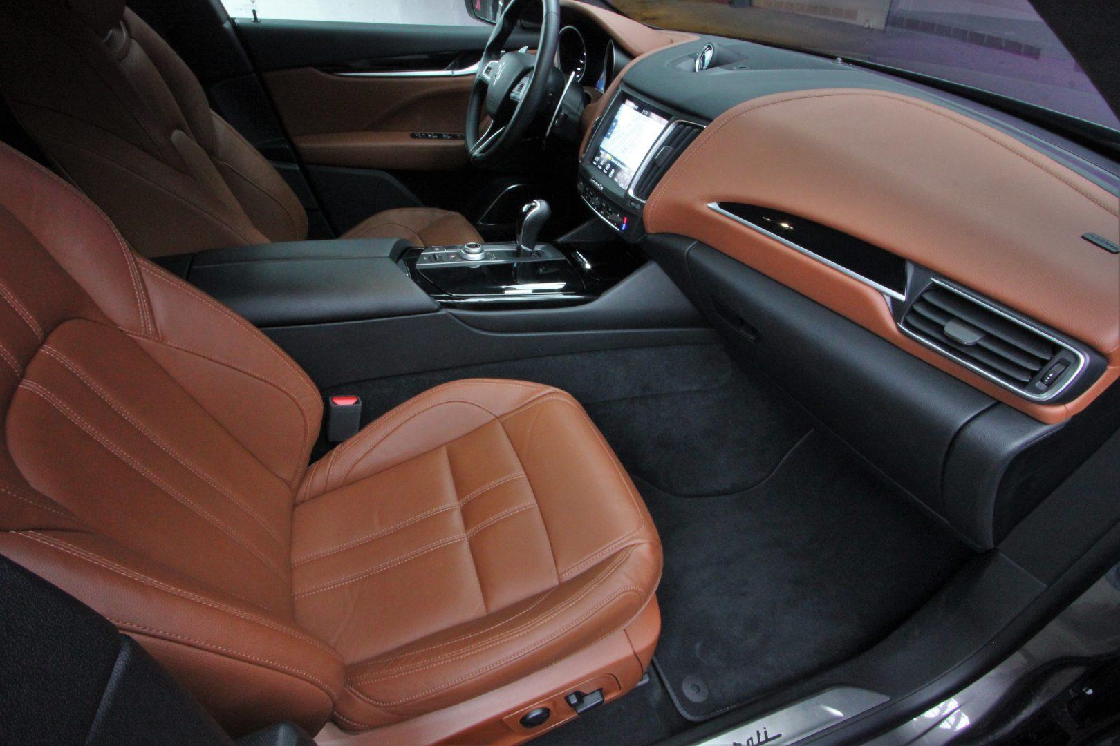 AIL Maserati Levante Diesel Business-Paket Plus 7