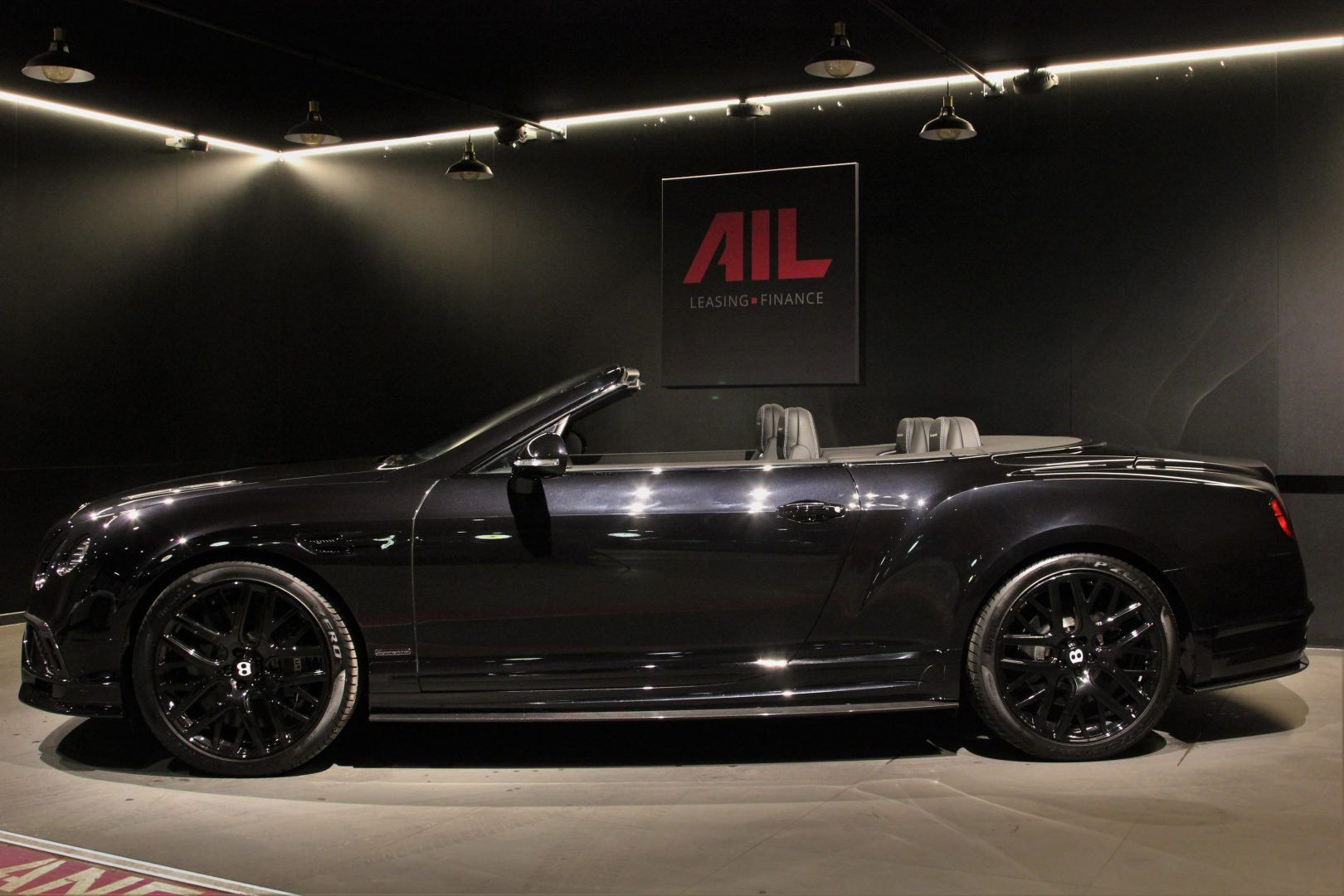 AIL Bentley Continental Supersports Convertible 1of 710 6