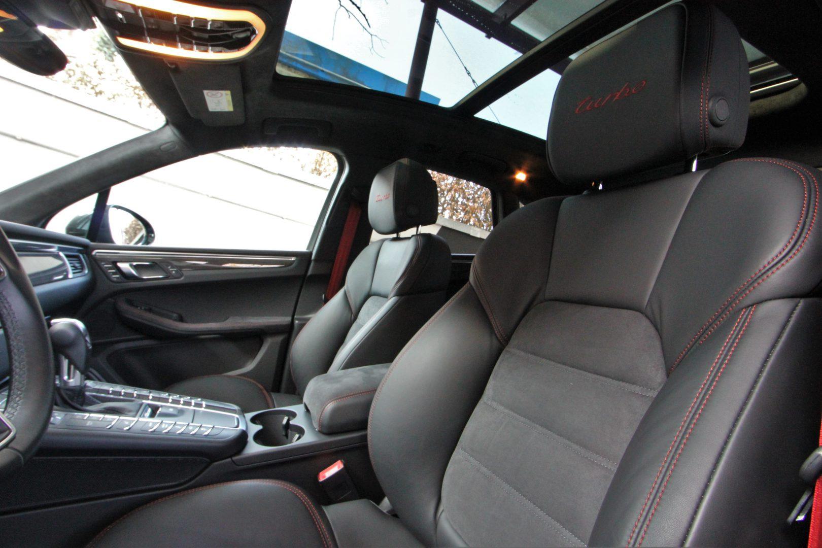 AIL Porsche Macan Turbo Performance Paket LED Sportabgas  8