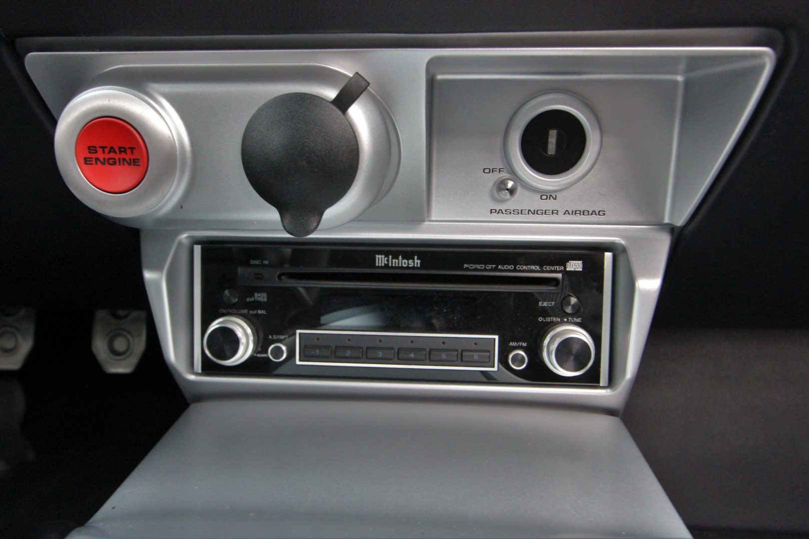 AIL Ford GT 5.4L V8 Supercharger 15