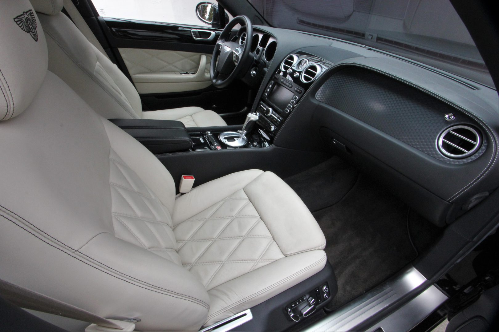 AIL Bentley Continental Flying Spur Speed Mulliner RSE 6