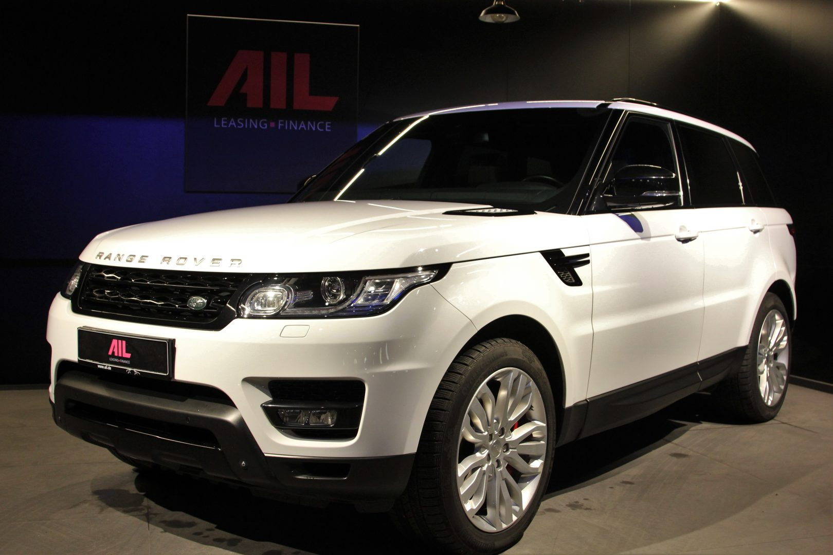AIL Land Rover Range Rover Sport HSE Dynamic 12