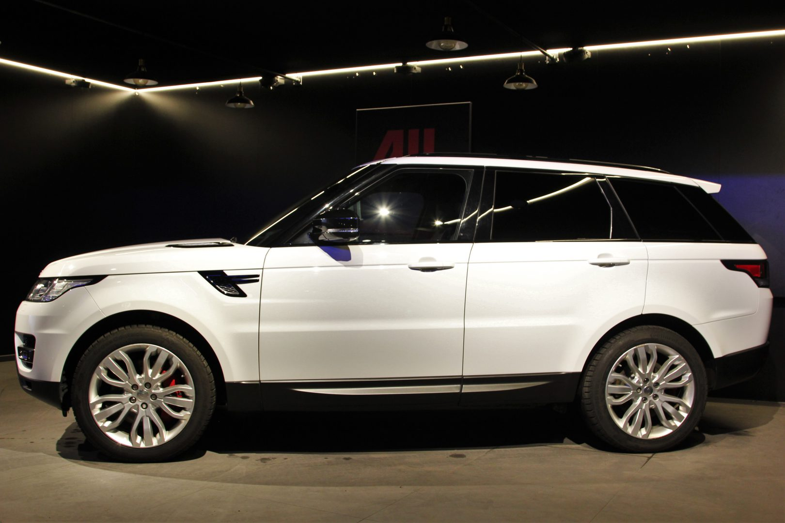 AIL Land Rover Range Rover Sport HSE Dynamic 3