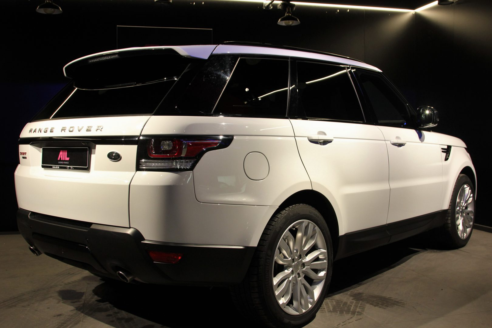 AIL Land Rover Range Rover Sport HSE Dynamic 1