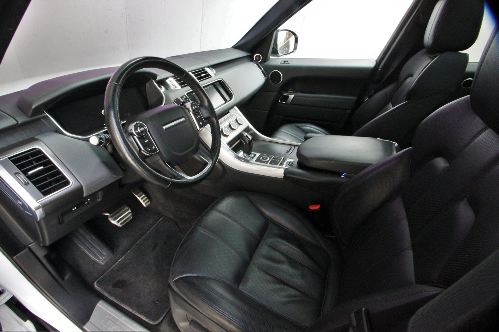 AIL Land Rover Range Rover Sport HSE Dynamic 2