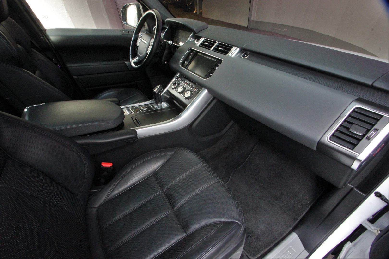 AIL Land Rover Range Rover Sport HSE Dynamic 7