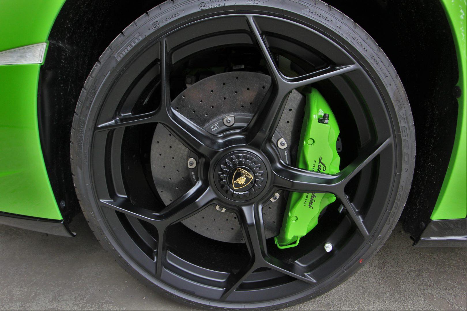 AIL Lamborghini Huracan Performante LP 640-4 Style Paket  10