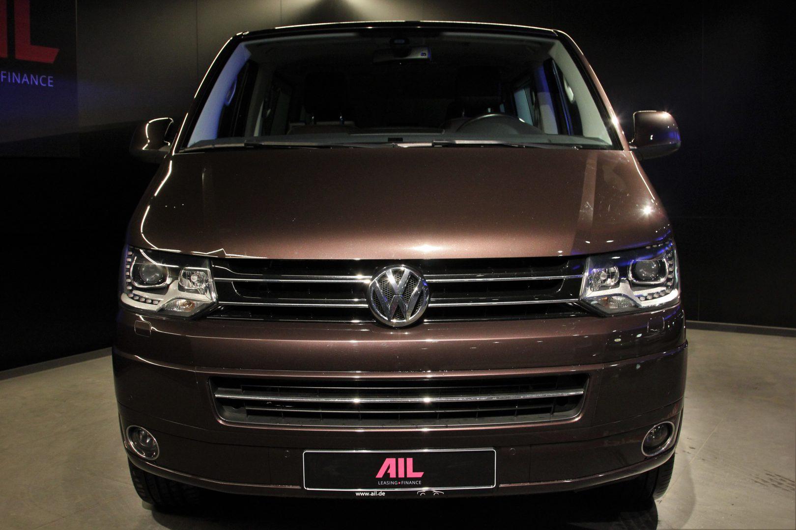 AIL VW T5 Bus Multivan Highline 4Motion 9