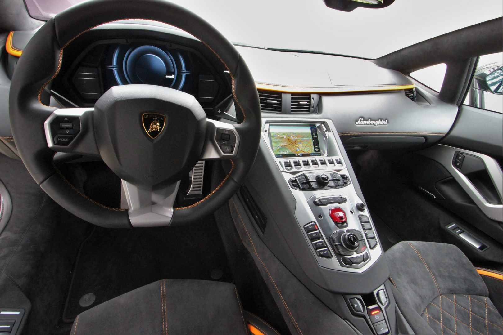AIL Lamborghini Aventador S LP740-4 Branding Paket  8