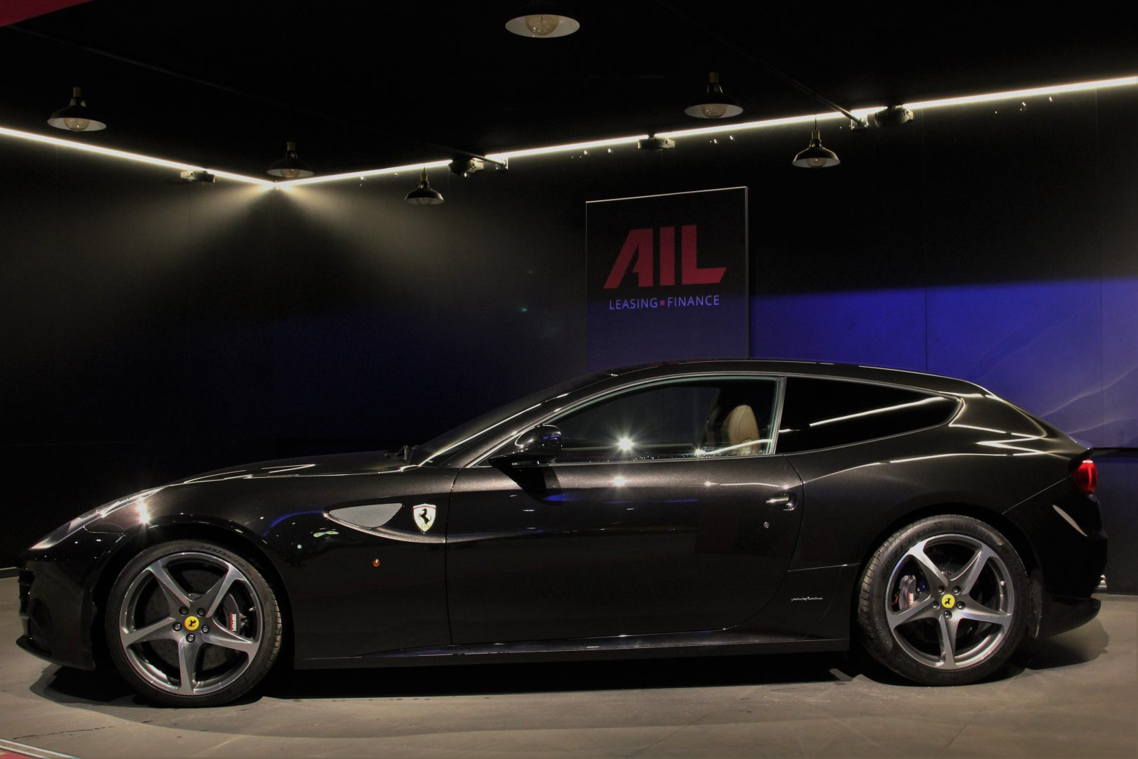 AIL Ferrari FF V12 Carbon Ceramic Brake 6