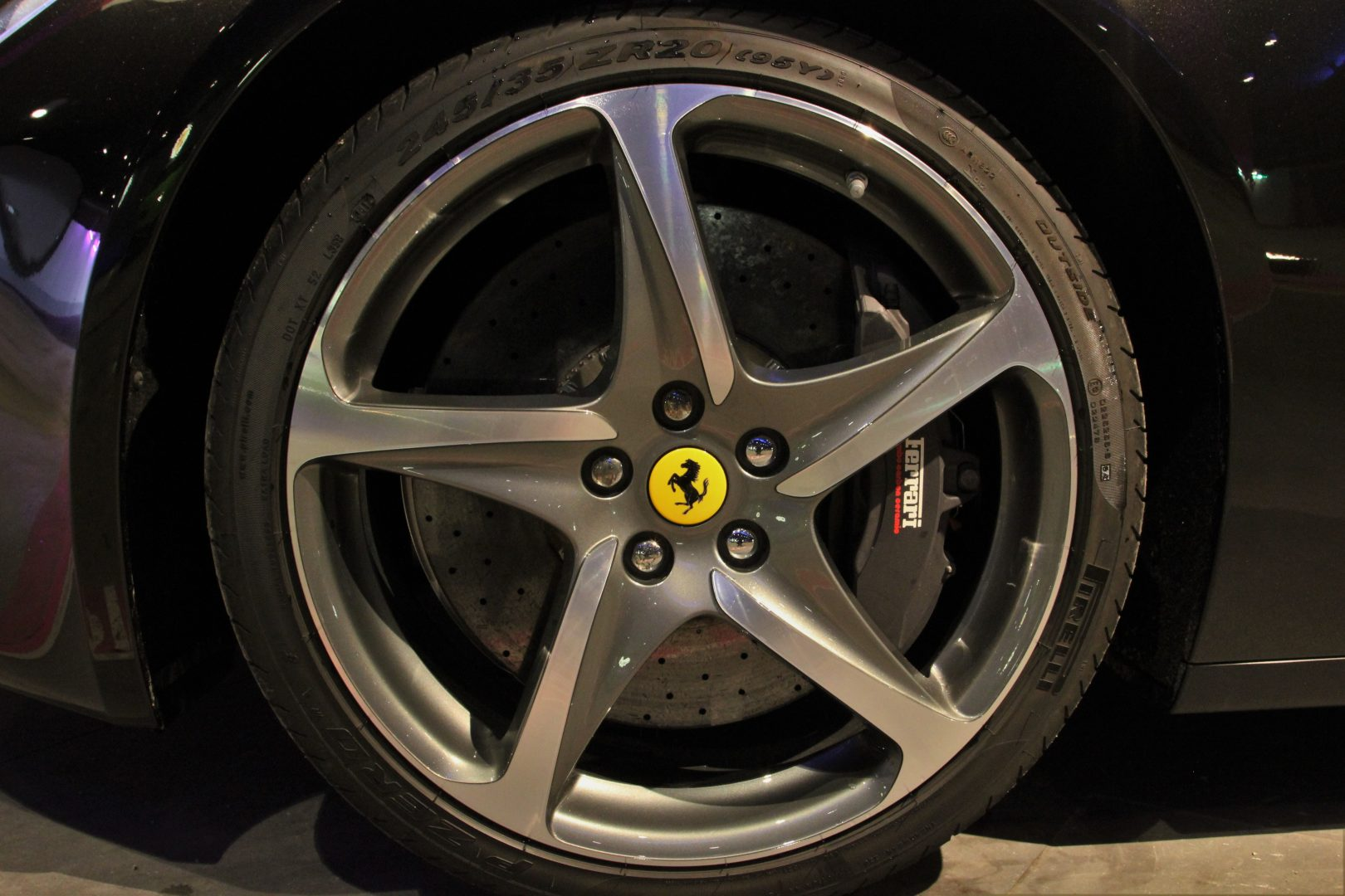 AIL Ferrari FF V12 Carbon Ceramic Brake 12