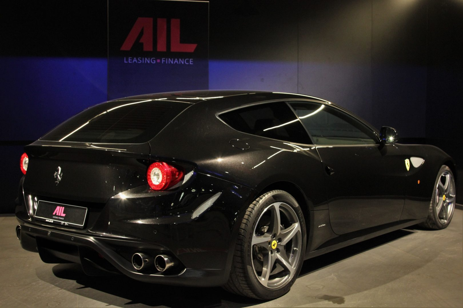 AIL Ferrari FF V12 Carbon Ceramic Brake 2