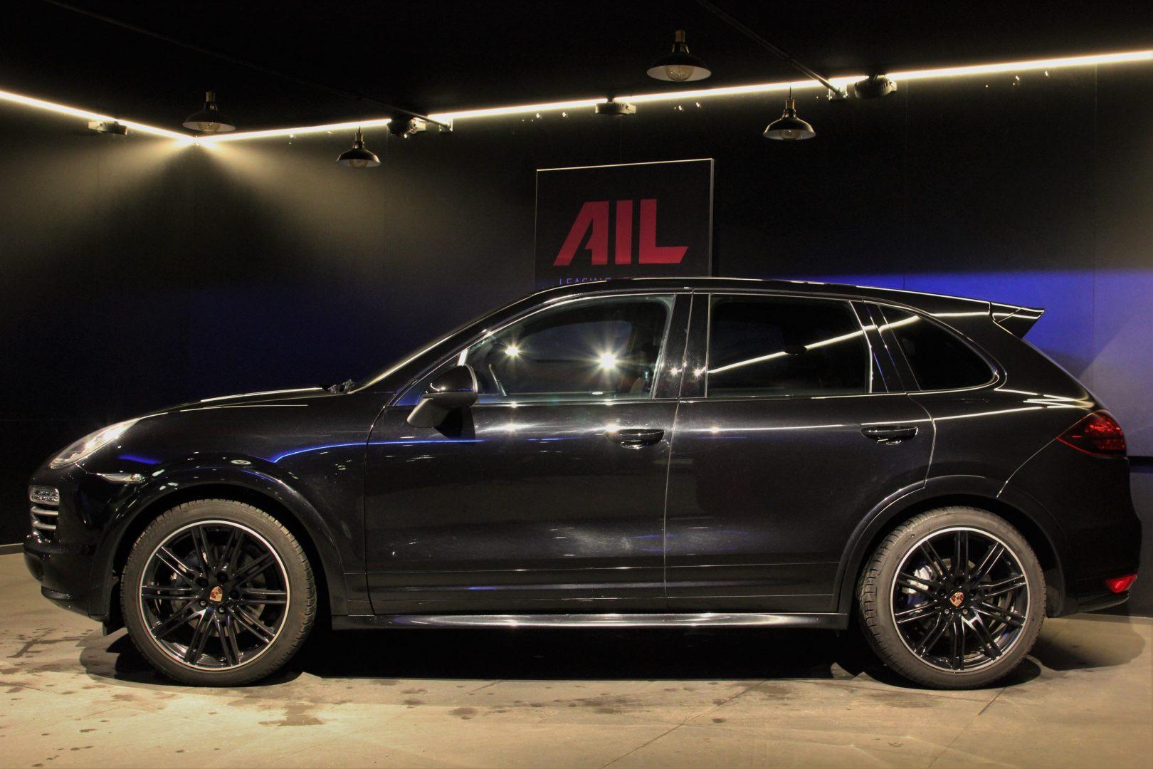 AIL Porsche Cayenne S Diesel  5