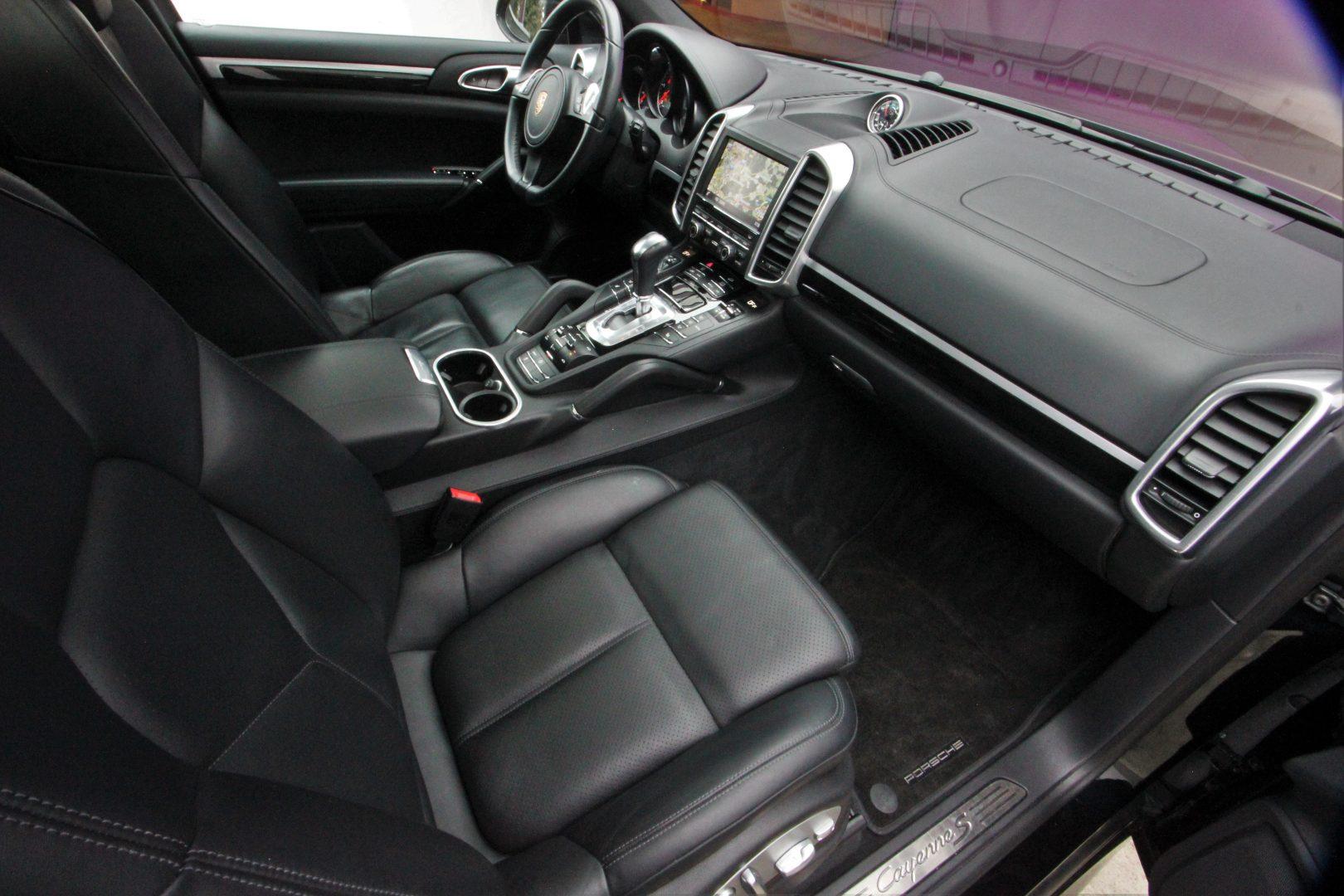 AIL Porsche Cayenne S Diesel  8