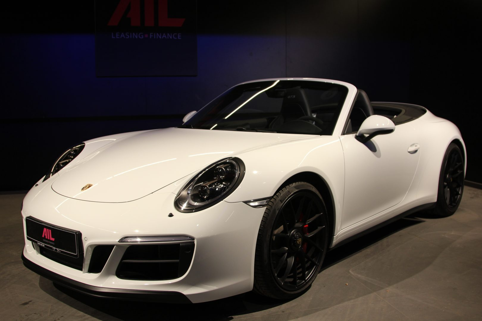 AIL Porsche 911 991 Carrera 4 GTS  13
