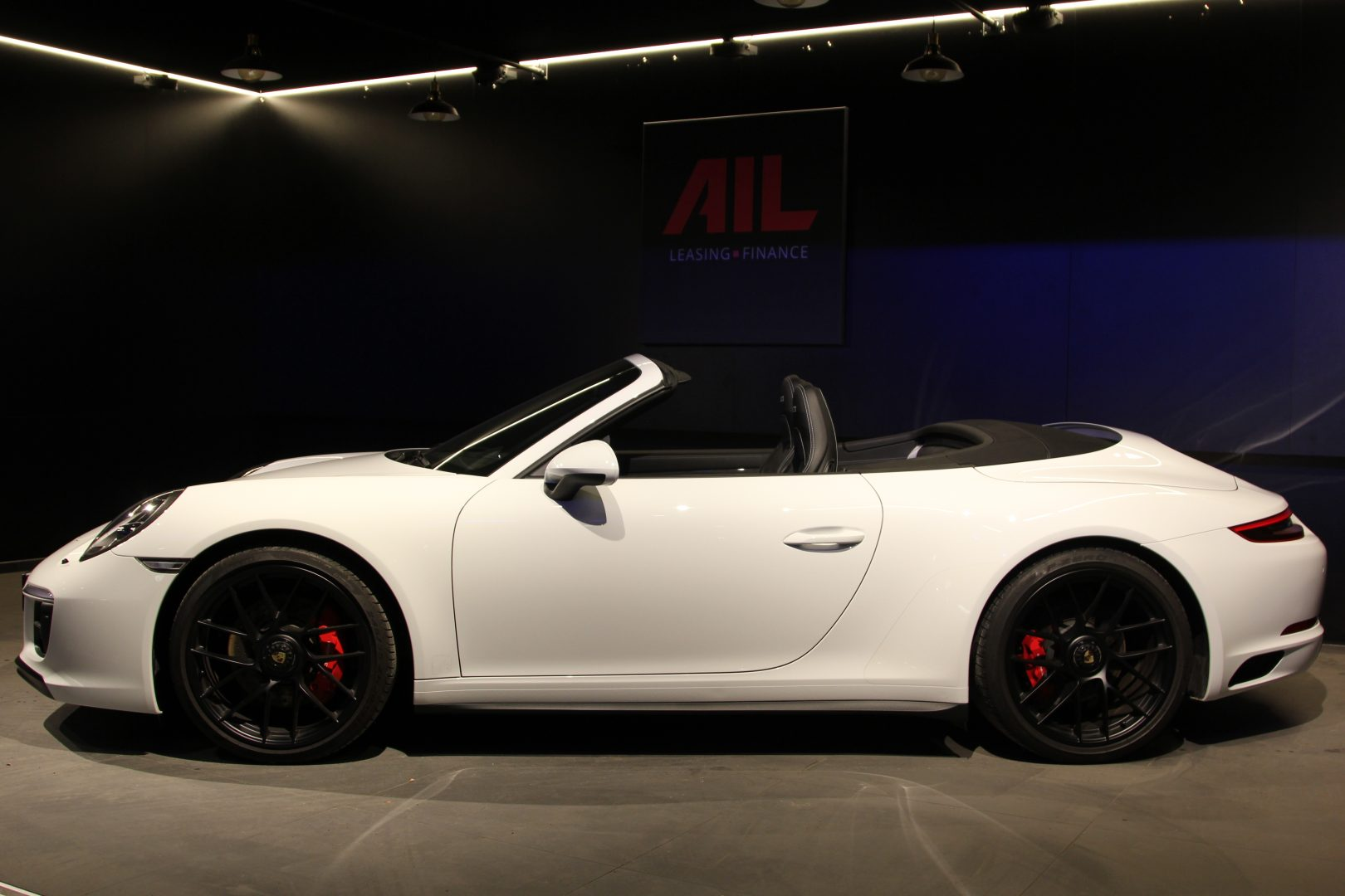 AIL Porsche 911 991 Carrera 4 GTS  6