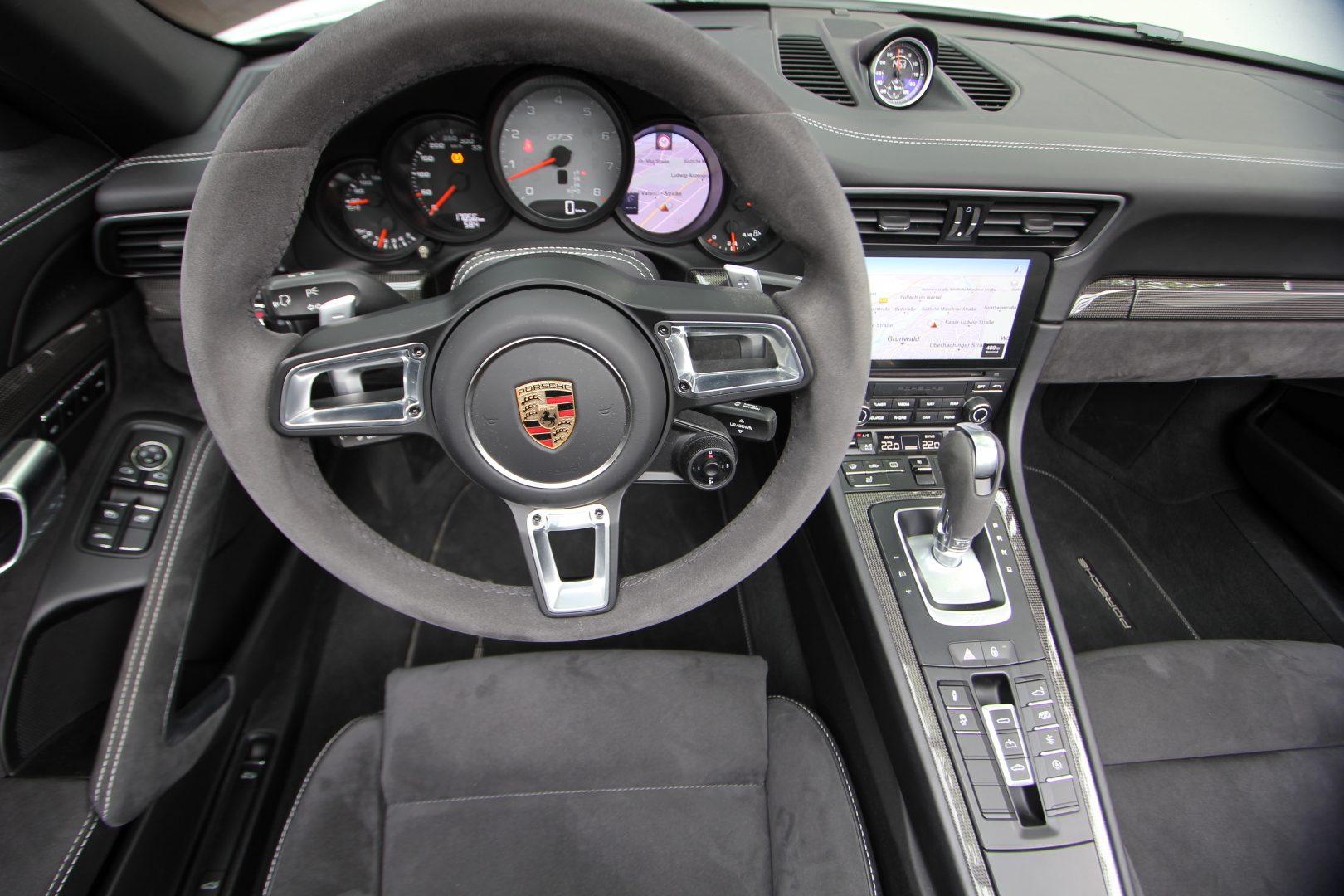 AIL Porsche 911 991 Carrera 4 GTS  7