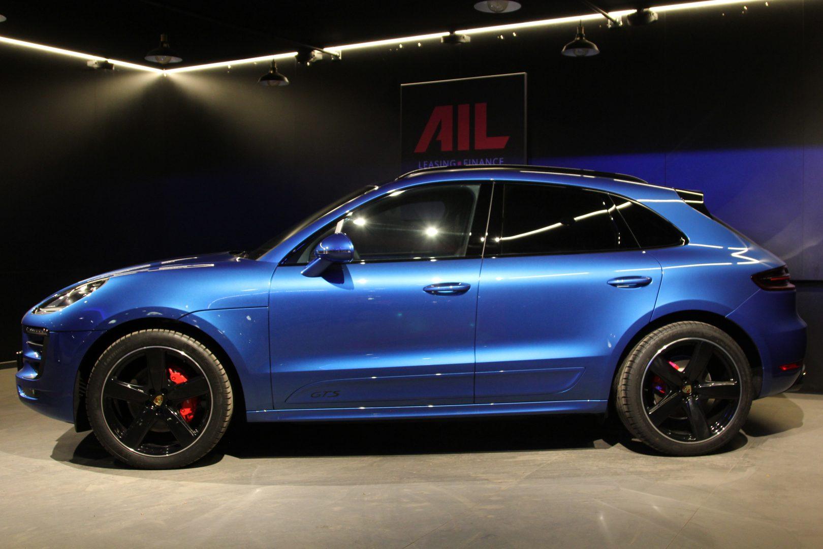 AIL Porsche Macan GTS Carbon Paket  5