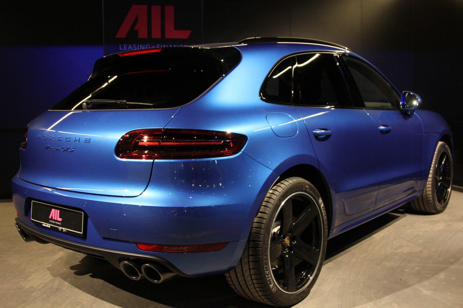 AIL Porsche Macan GTS Carbon Paket  1