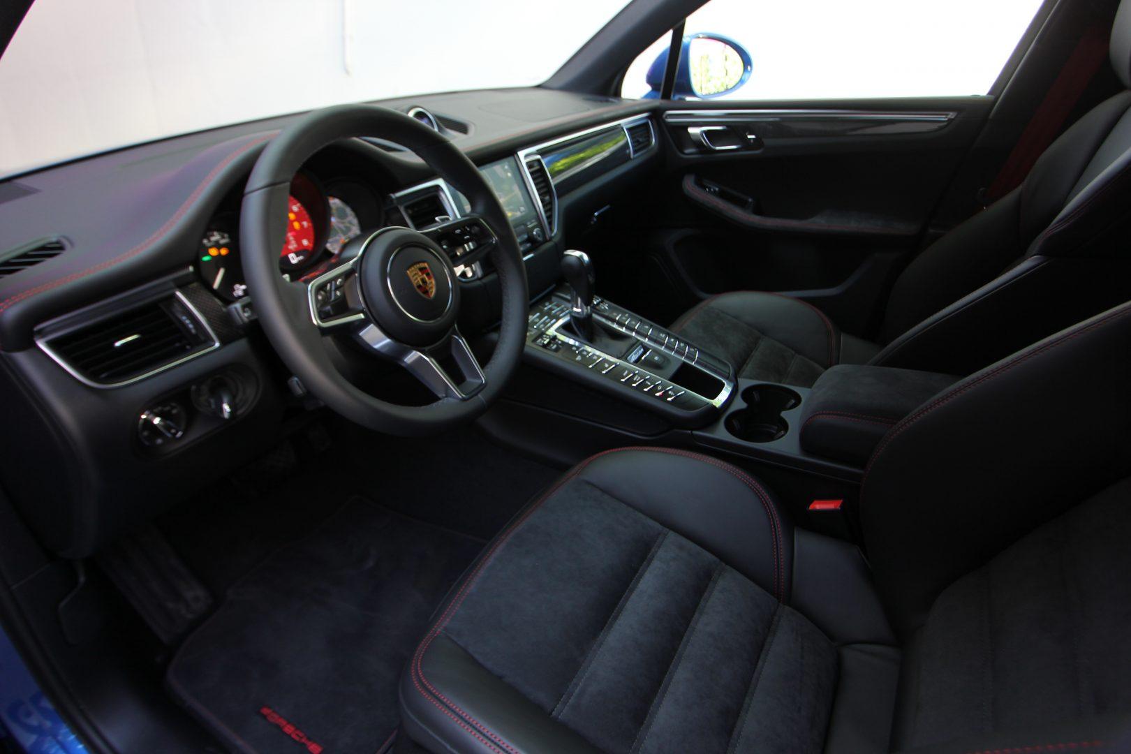 AIL Porsche Macan GTS Carbon Paket  2