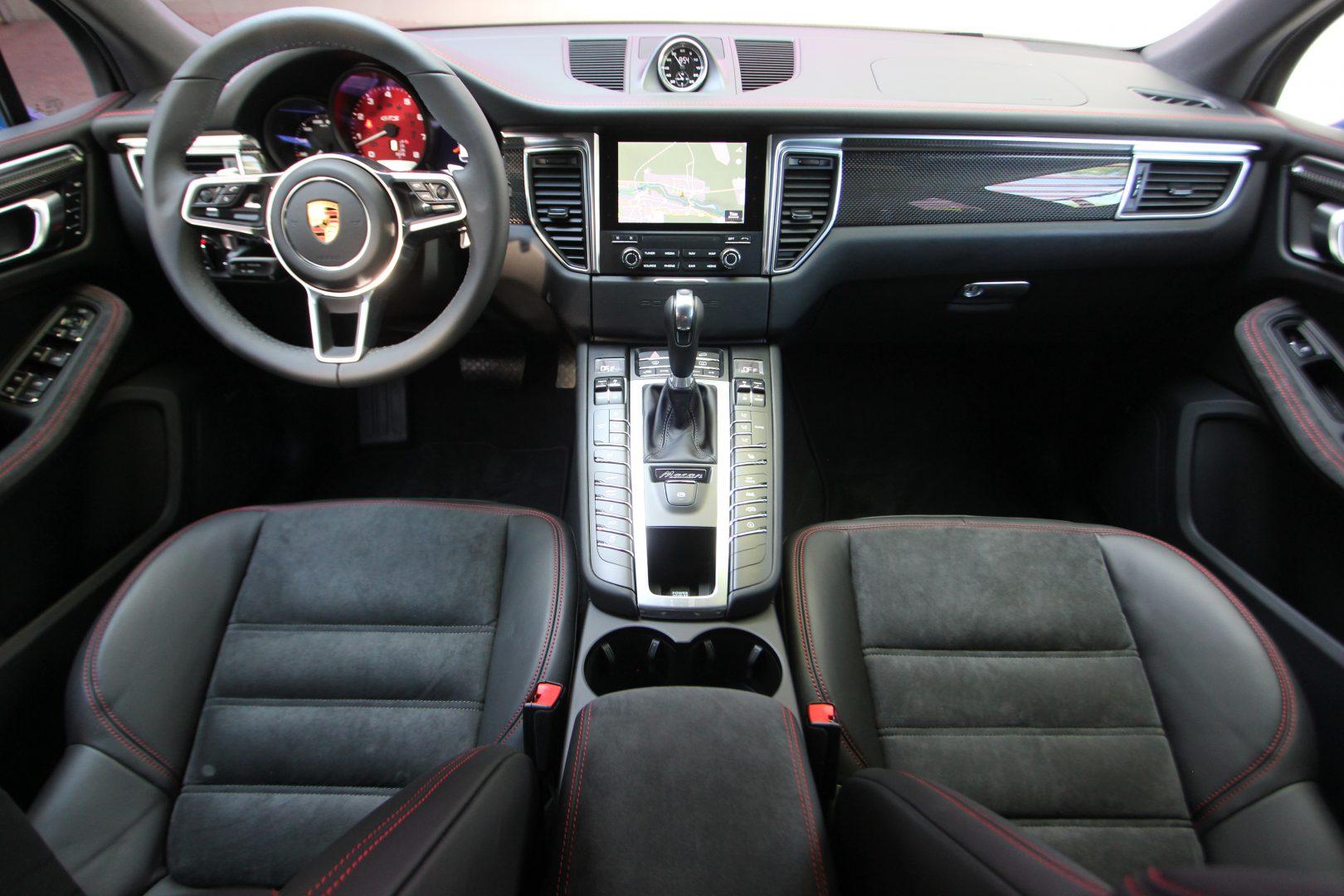 AIL Porsche Macan GTS Carbon Paket  8
