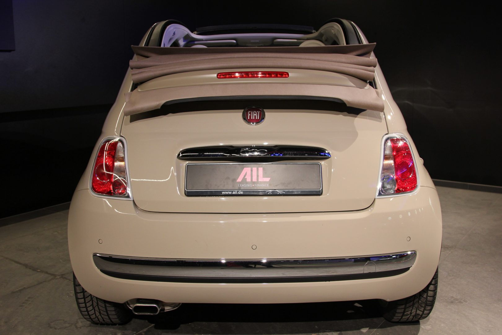 AIL Fiat 500 Cabrio Lounge 9