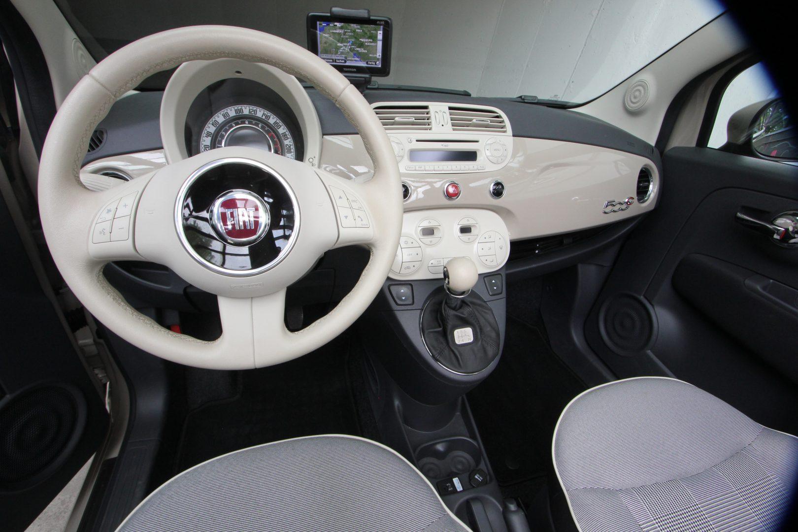 AIL Fiat 500 Cabrio Lounge 6
