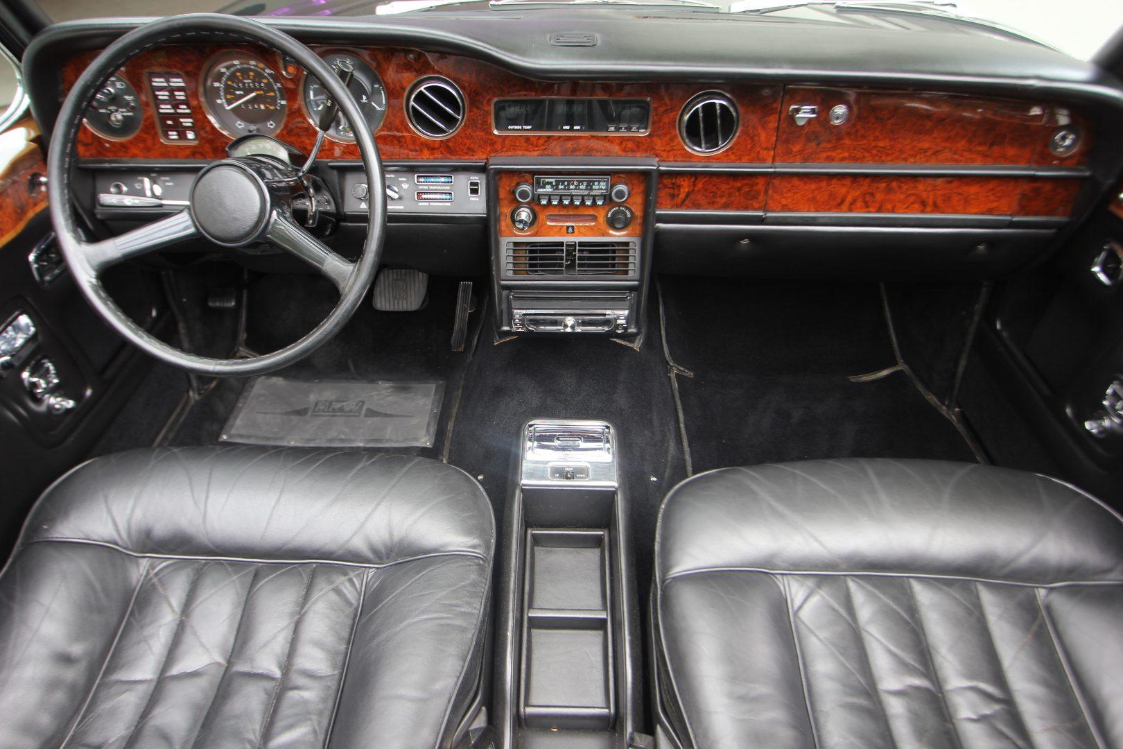 AIL Rolls Royce Corniche I Cabrio  11