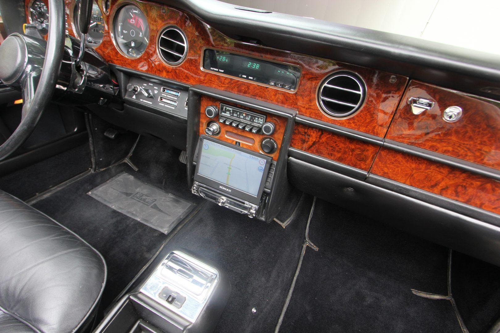 AIL Rolls Royce Corniche I Cabrio  9