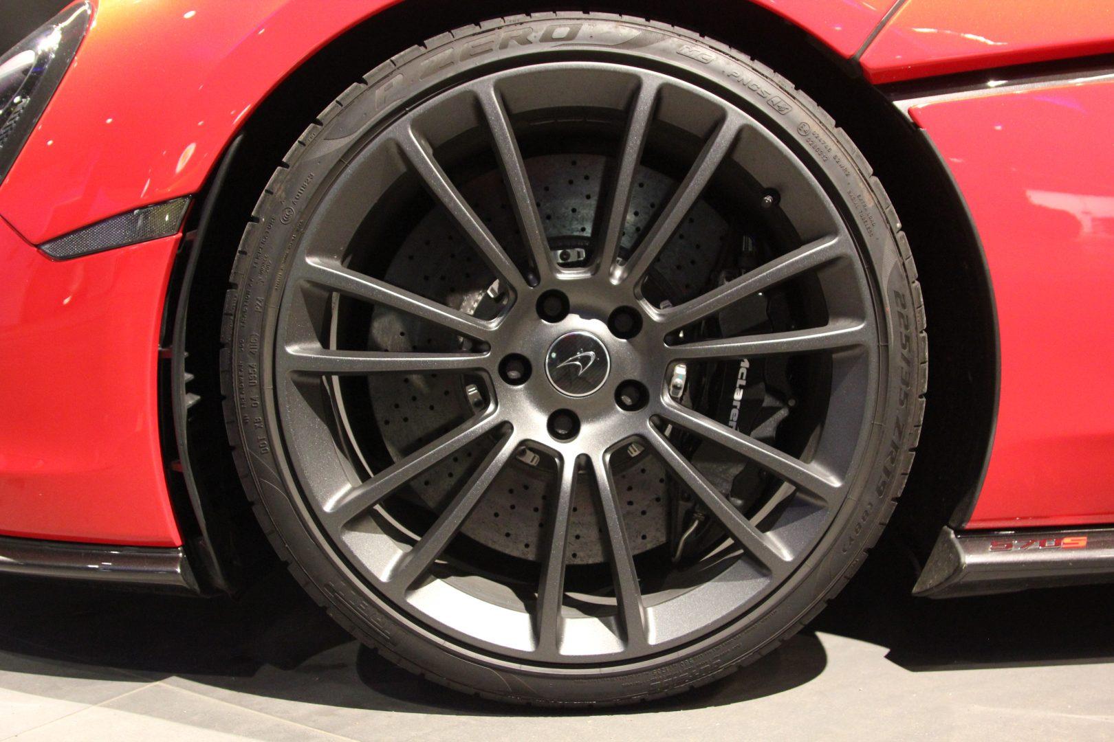 AIL McLaren 570S Carbon Paket  15