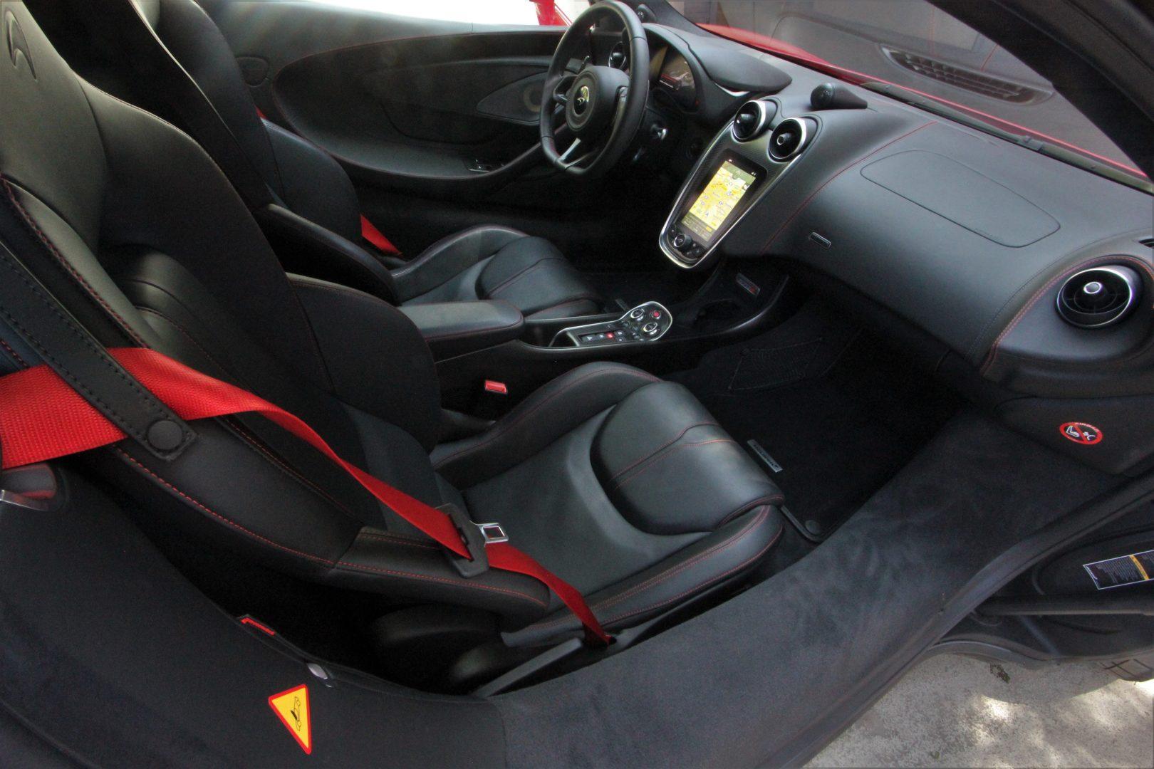 AIL McLaren 570S Carbon Paket  6