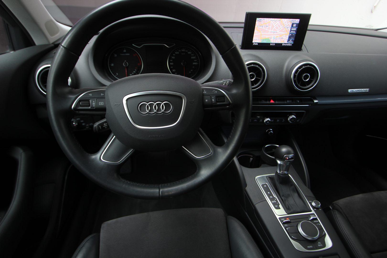 AIL Audi A3 Sportback Ambiente quattro 4