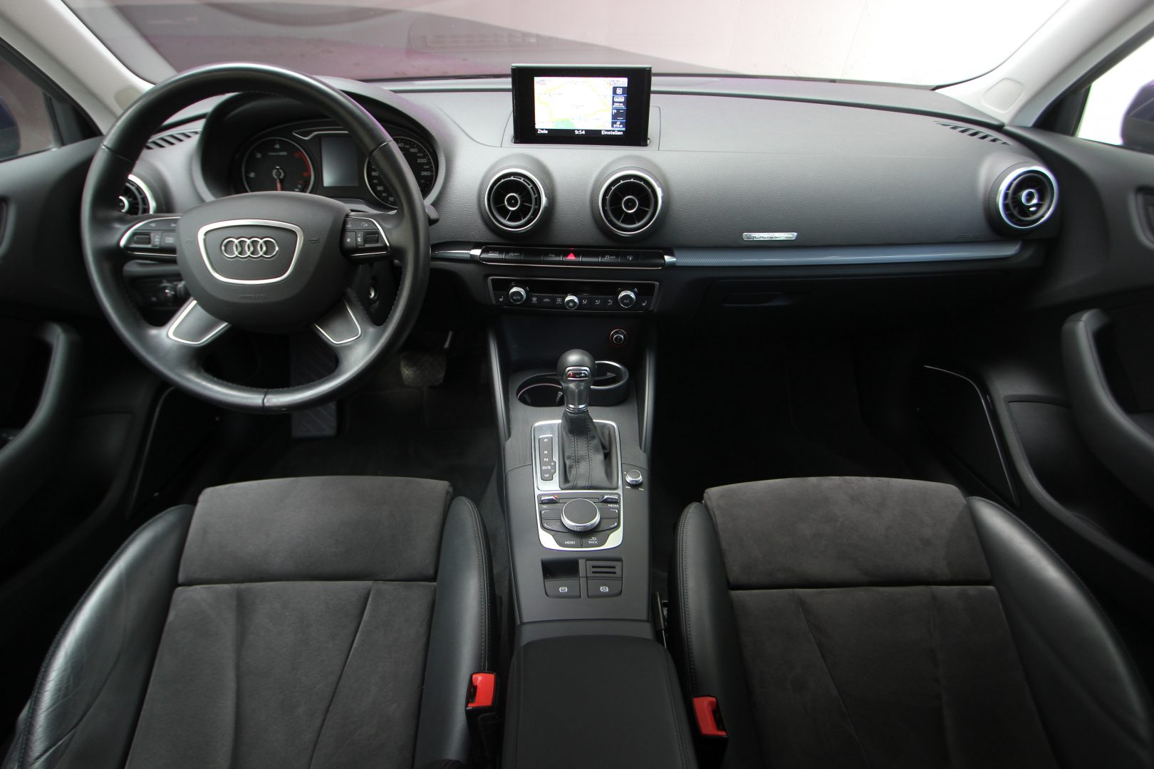 AIL Audi A3 Sportback Ambiente quattro 6