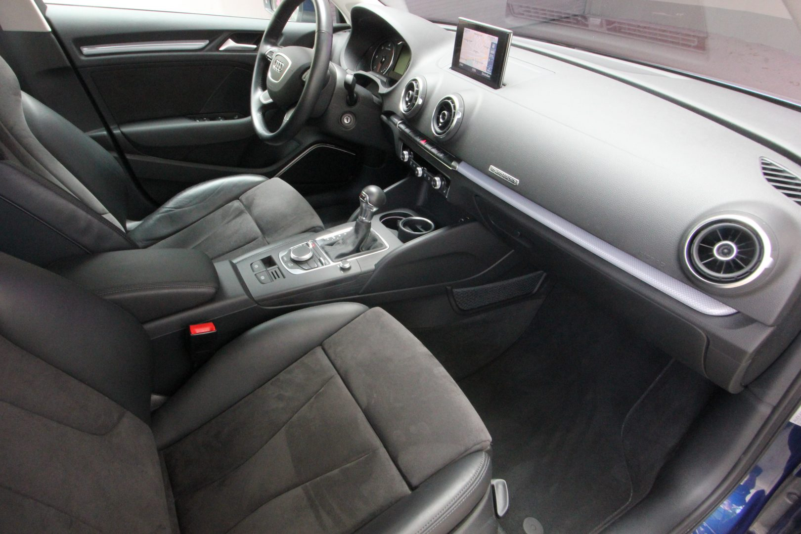AIL Audi A3 Sportback Ambiente quattro 8
