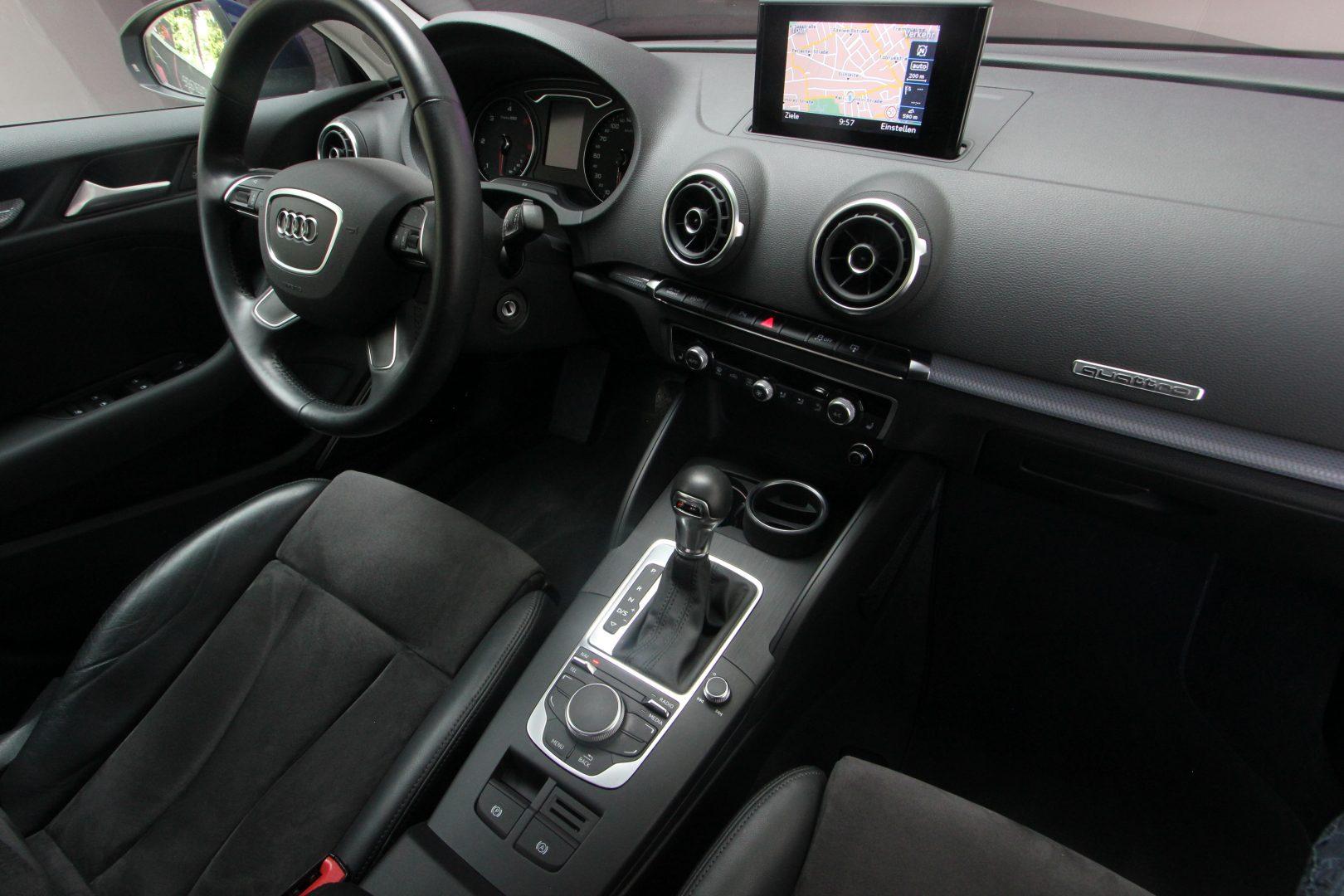 AIL Audi A3 Sportback Ambiente quattro 10
