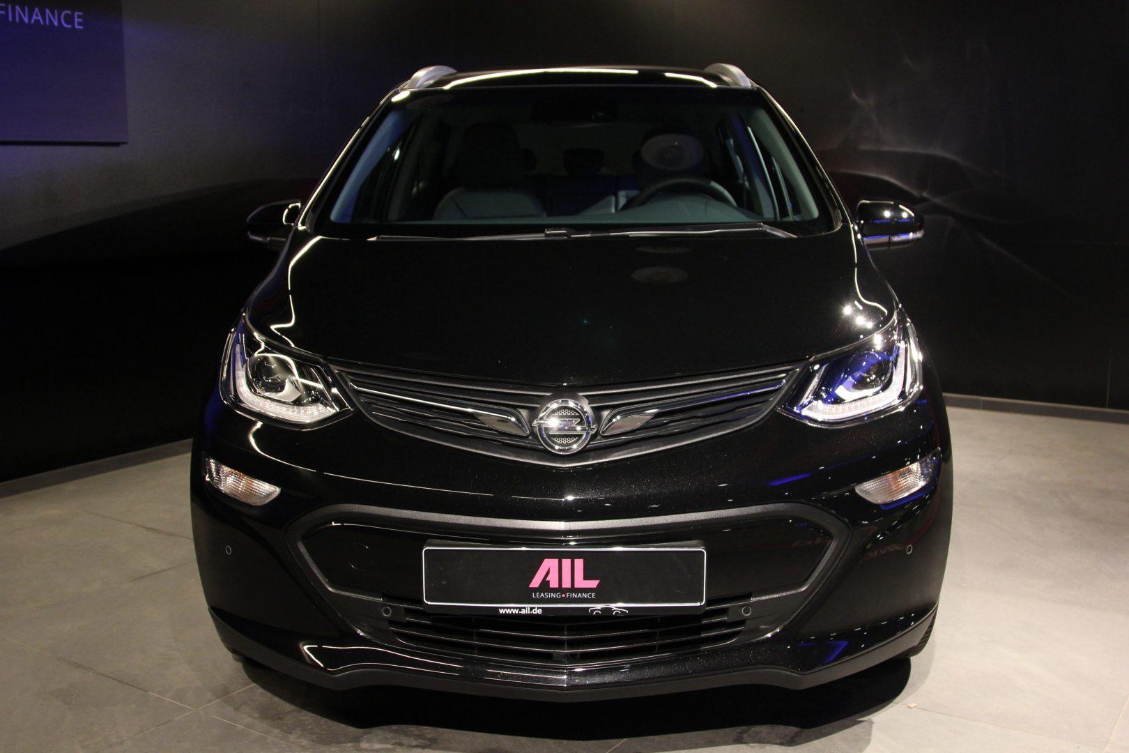 AIL Opel Ampera-e  4