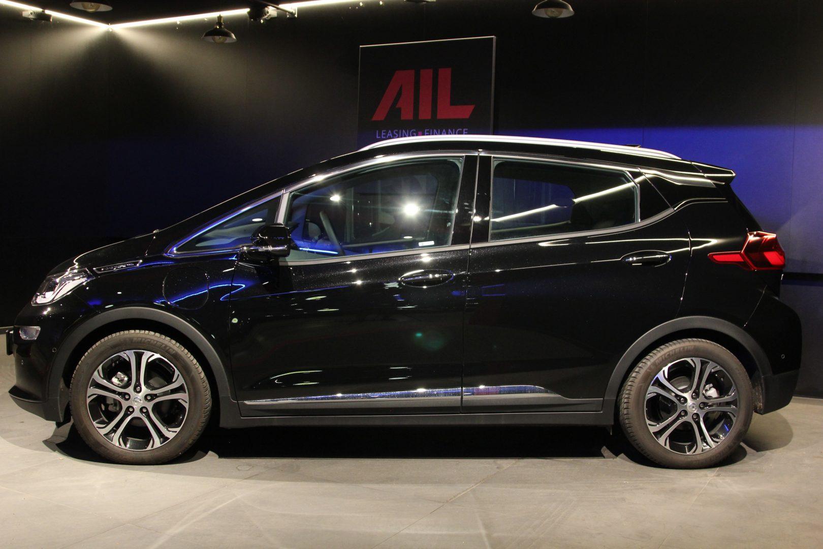 AIL Opel Ampera-e  7