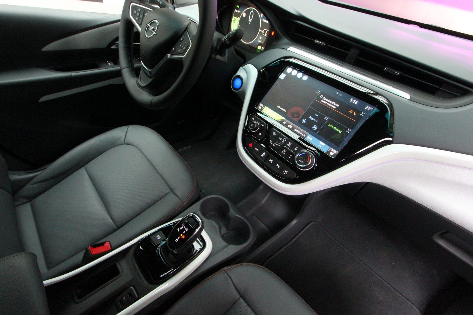 AIL Opel Ampera-e  6