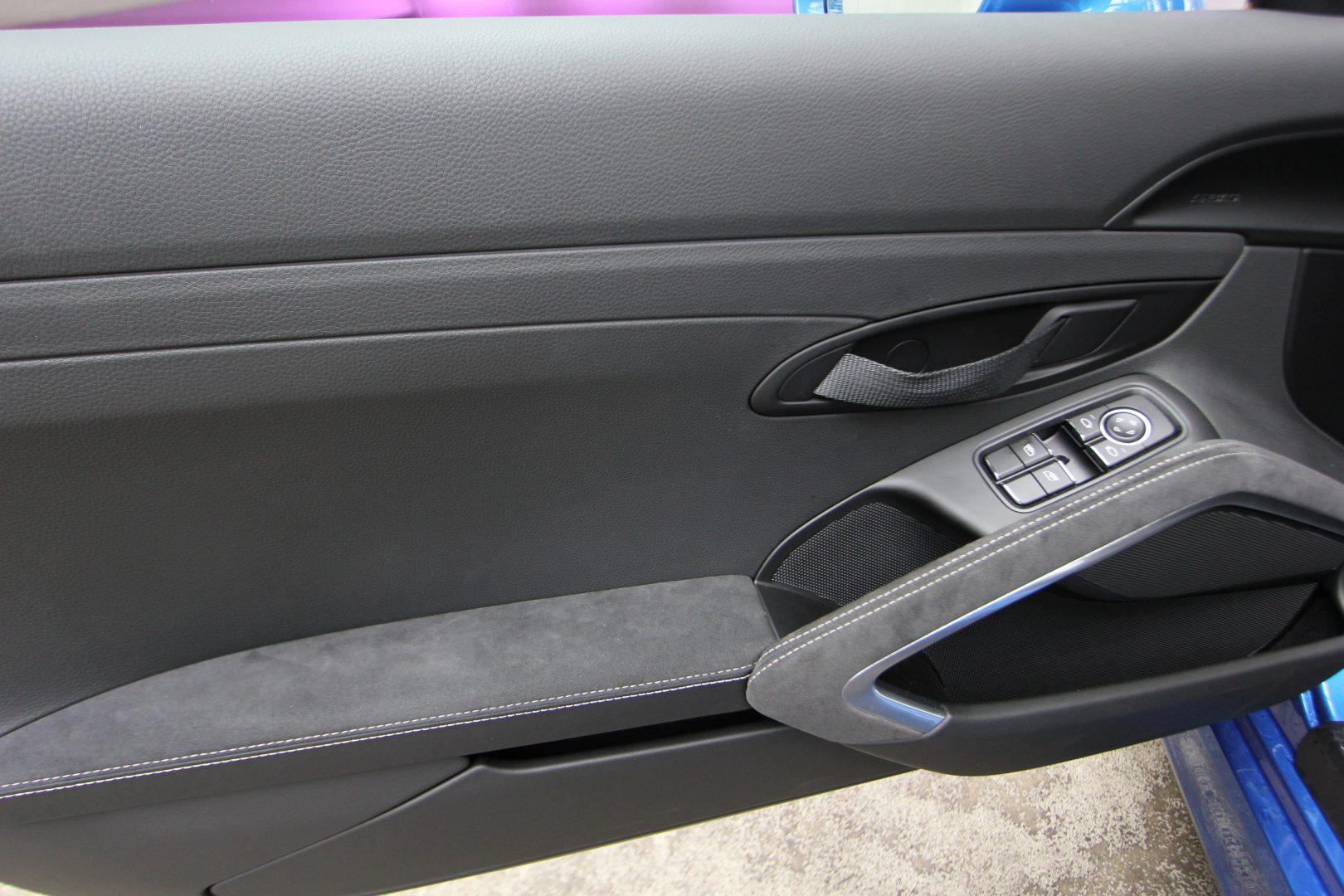 AIL Porsche Cayman GT4 Sound-Package Plus 15